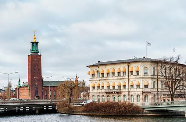 俄罗斯+北欧四国+双峡湾+塔林+卡德里奥+马尔默 13天(莫进斯德出,一价全含)