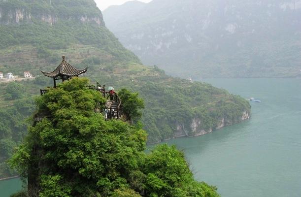 灵动三峡—三峡大坝、三峡人家、三峡大瀑布动车3日游